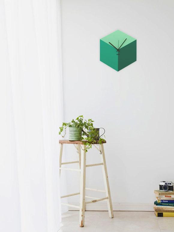 WEEW_Design_Made_in_Italy_Orologio_da_parete_Idee_regalo_verde 02