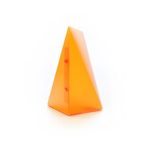 WEEW-Design-Made-in-Italy-Lampade-da-tavolo-idee-per-arredare-casa-arancio 02